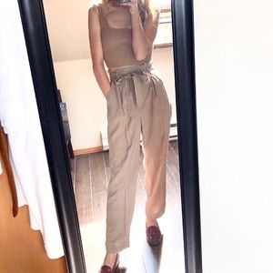 NWOT H&M Taupe Paperbag Tie Waist Trousers
